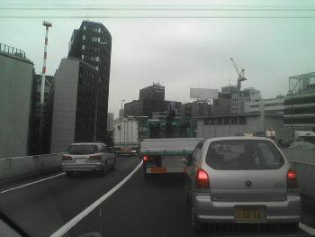 渋滞中…(T_T)