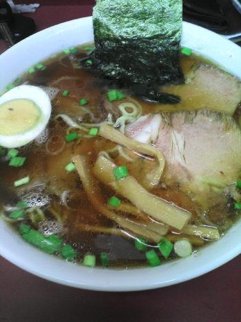 ハッチャンラーメン 醤油チャーシュー麺 中盛 850円