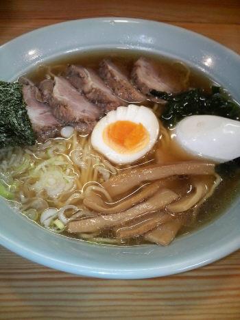大和 鼓 醤油チャーシュー麺