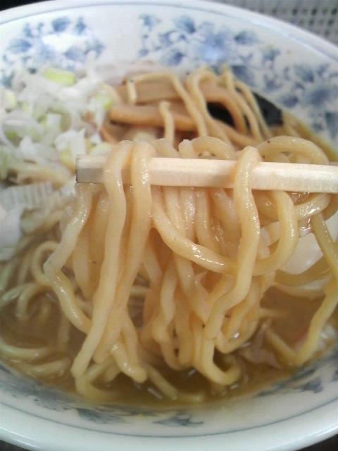 六厘舎中華そば麺