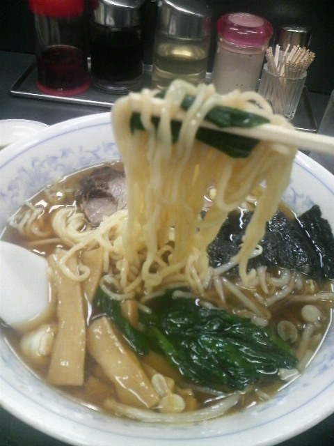 三幸苑 ラーメン麺