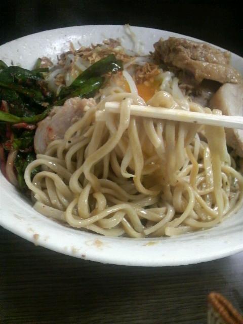二郎関内店汁なし麺