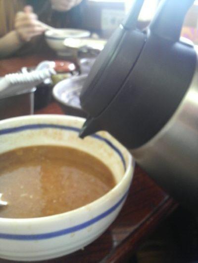 スープ割はセルフでした。