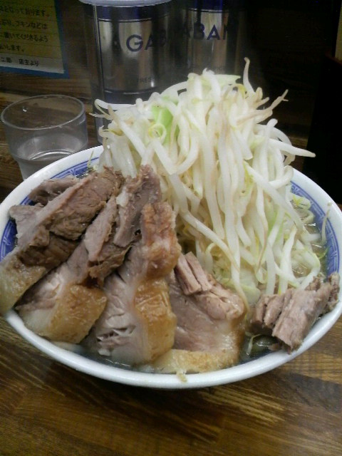 二郎新小金井店小豚野菜マシマシ玉子