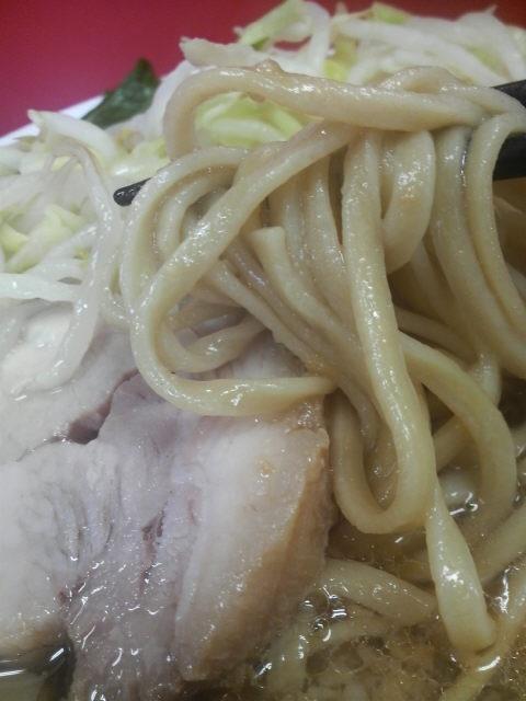 ラーメン二郎神田神保町店 麺とチャーシュー野菜
