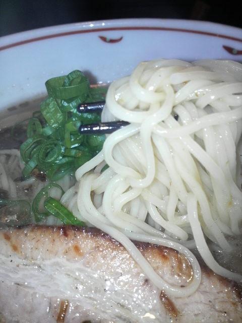 塩煮干しらぁ麺の麺