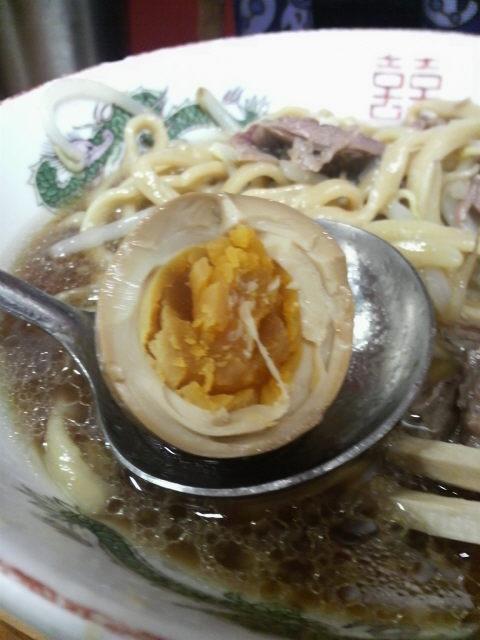 ラーメン二郎高田馬場店の半熟煮玉子