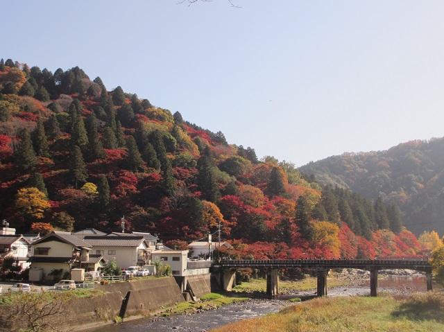 香嵐渓の紅葉㉙