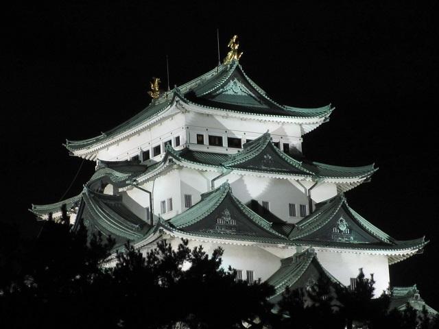 名古屋城のライトアップ