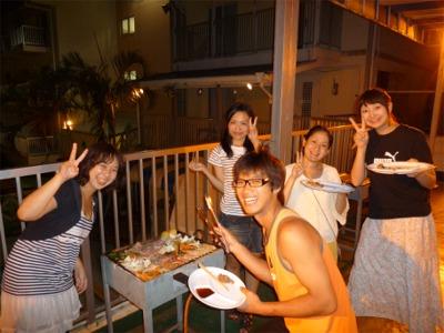 夕食は沖縄定番のBBQ