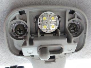 スクラム室内灯LED装着