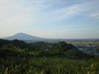 岩木山と大沢集落
