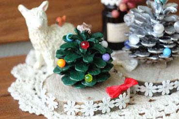 ひと足早く、クリスマスの飾りづくり!