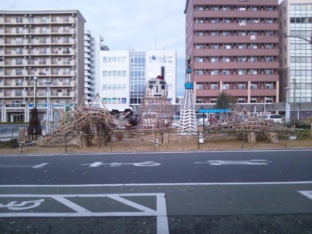 つくば研究学園駅前(朝)