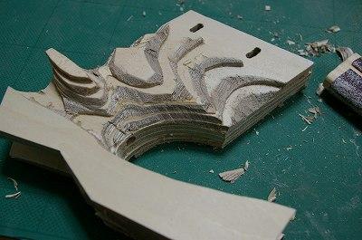 グリップ紙やすり削り