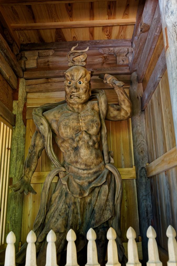般若寺木造金剛力士像