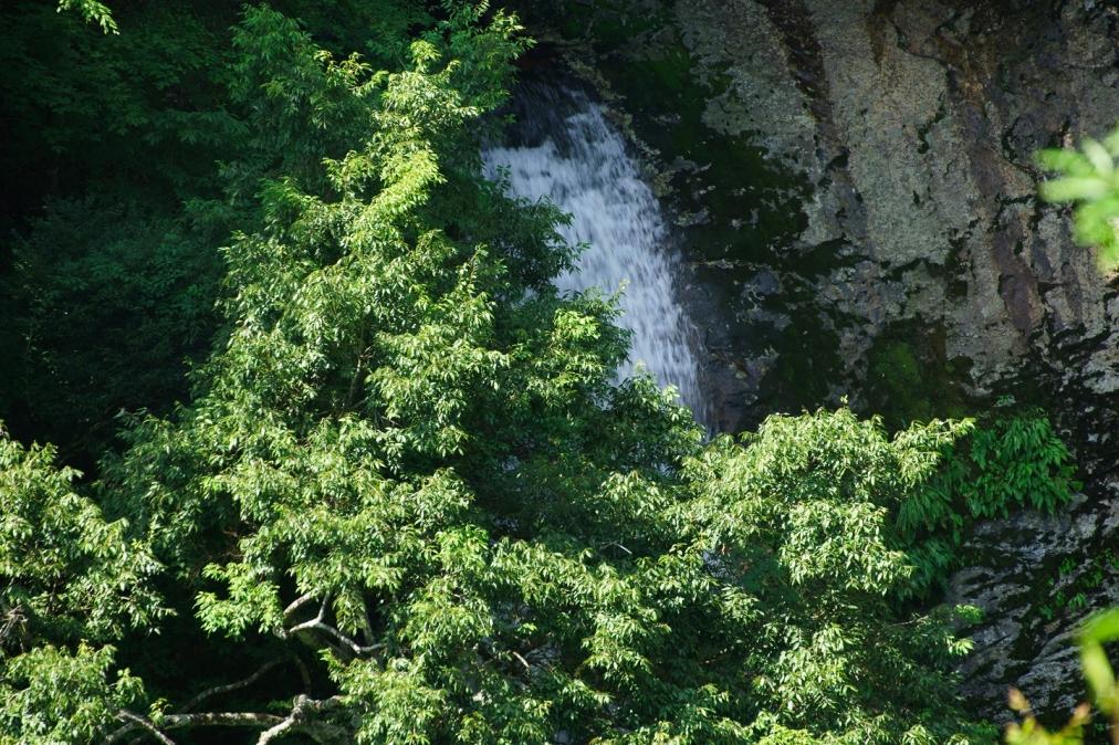 鹿落としの滝