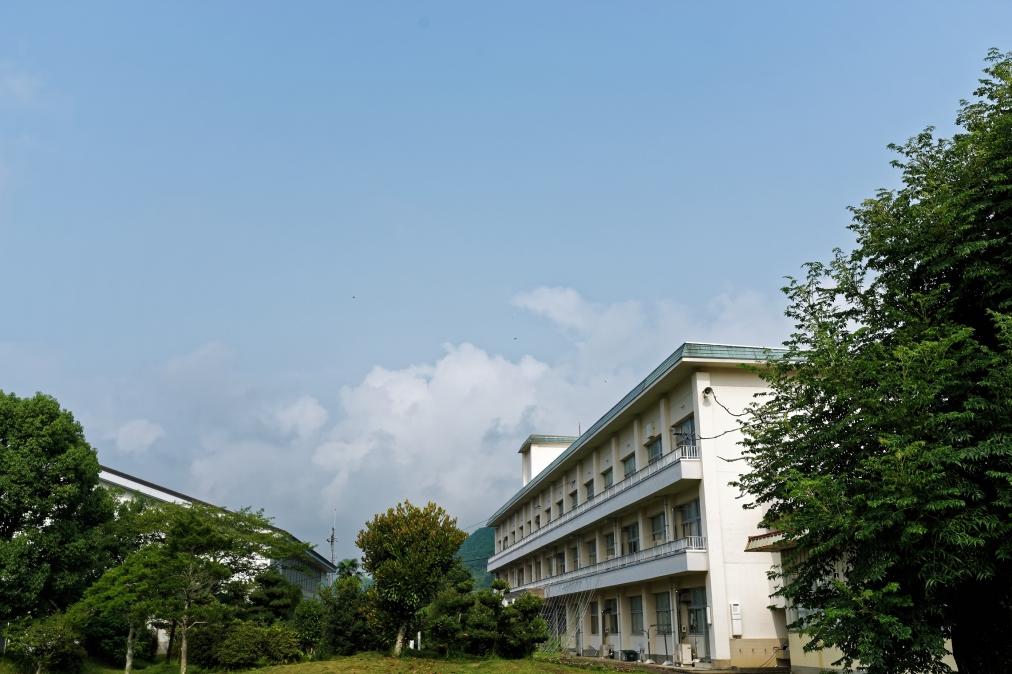 千歳中学校