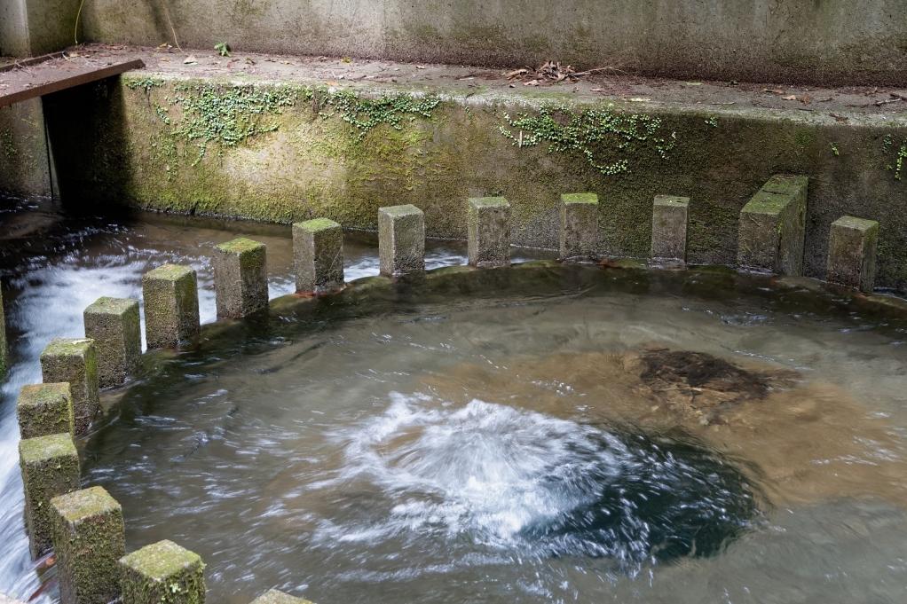 烏嶽円形分水