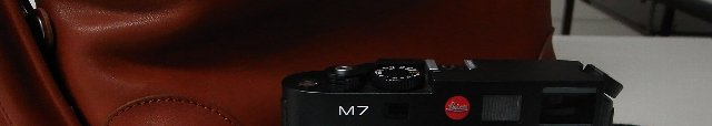 GR-DカメラバッグとLeica M-7