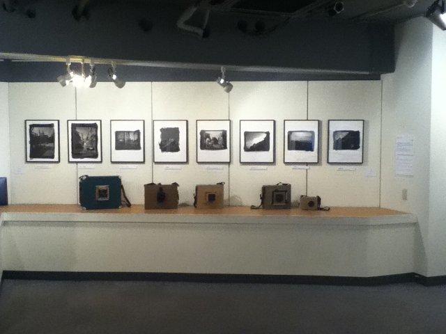 8×10カメラな仲間たち写真展2010会場にて
