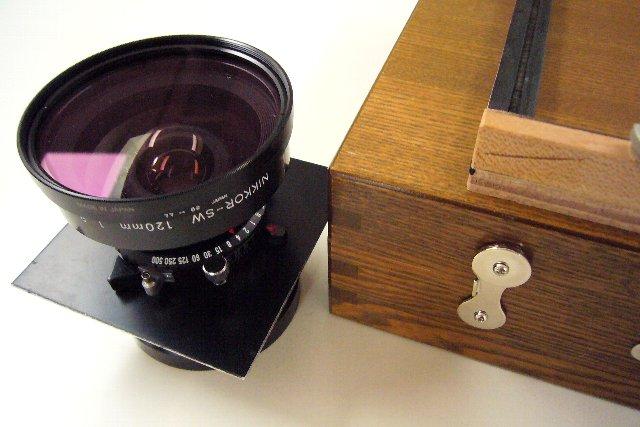 ニコンSW120mmとホルベインスケッチ箱