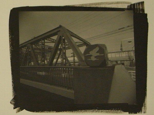 鶴歩橋の袂にて