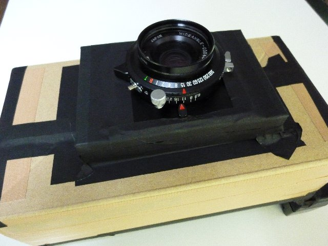 コマーシャルコンゴー90mmで作った段ボールカメラ1号