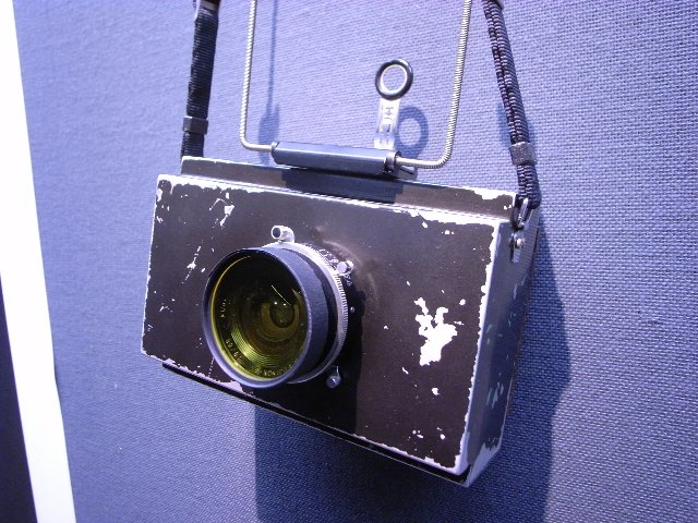 4X5シガーボックスカメラ