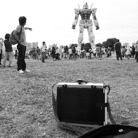 ハンディ8X10カメラを持って出かけたら