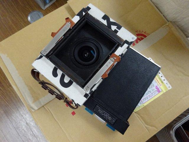 マリメッコカメラのポラロイドフィルムホルダーを外すと