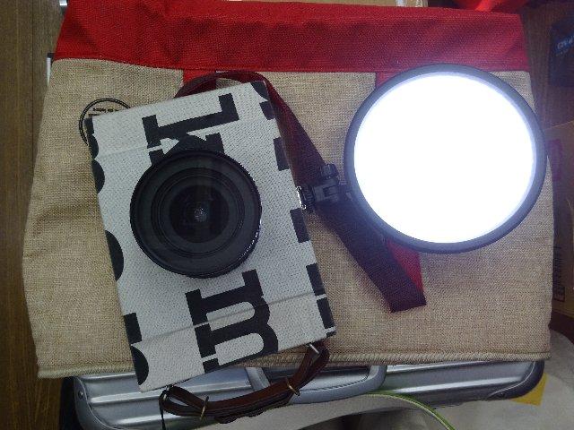 NEEWER Rpad-112 112LED 円型 超薄型 ビデオライト