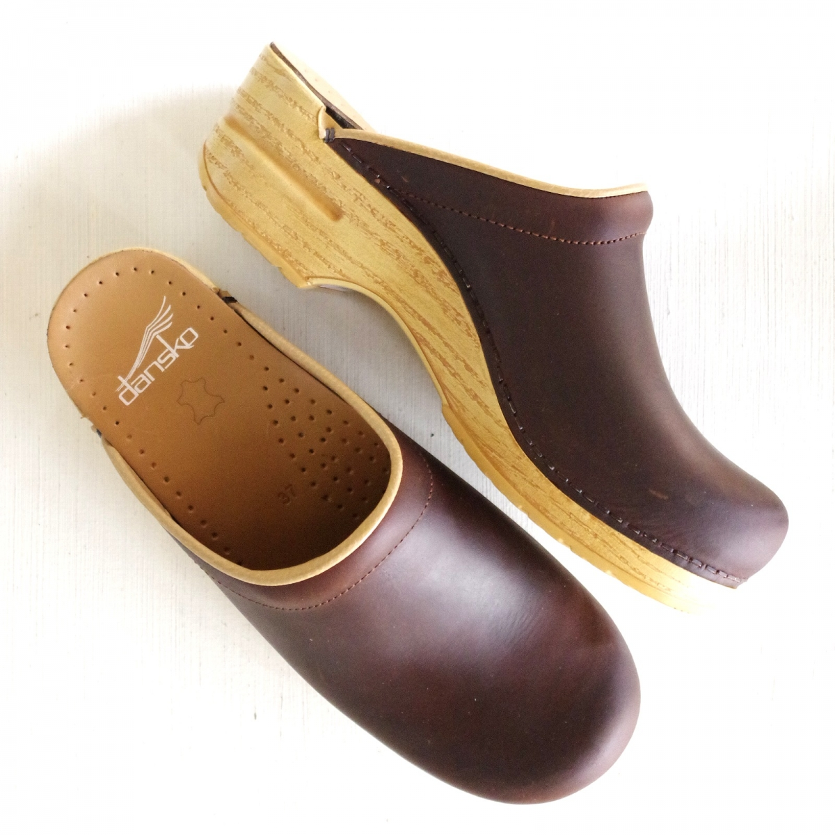 ダンスコ ソンヤ Dansko Sonja Antique Brown / Natural Sole