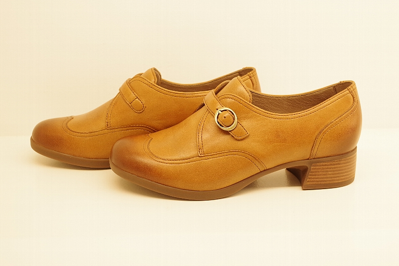 Livie Saddle Burnished Nappa.jpg