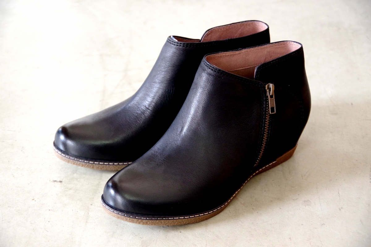 Leyla Black Burnished Nubuck