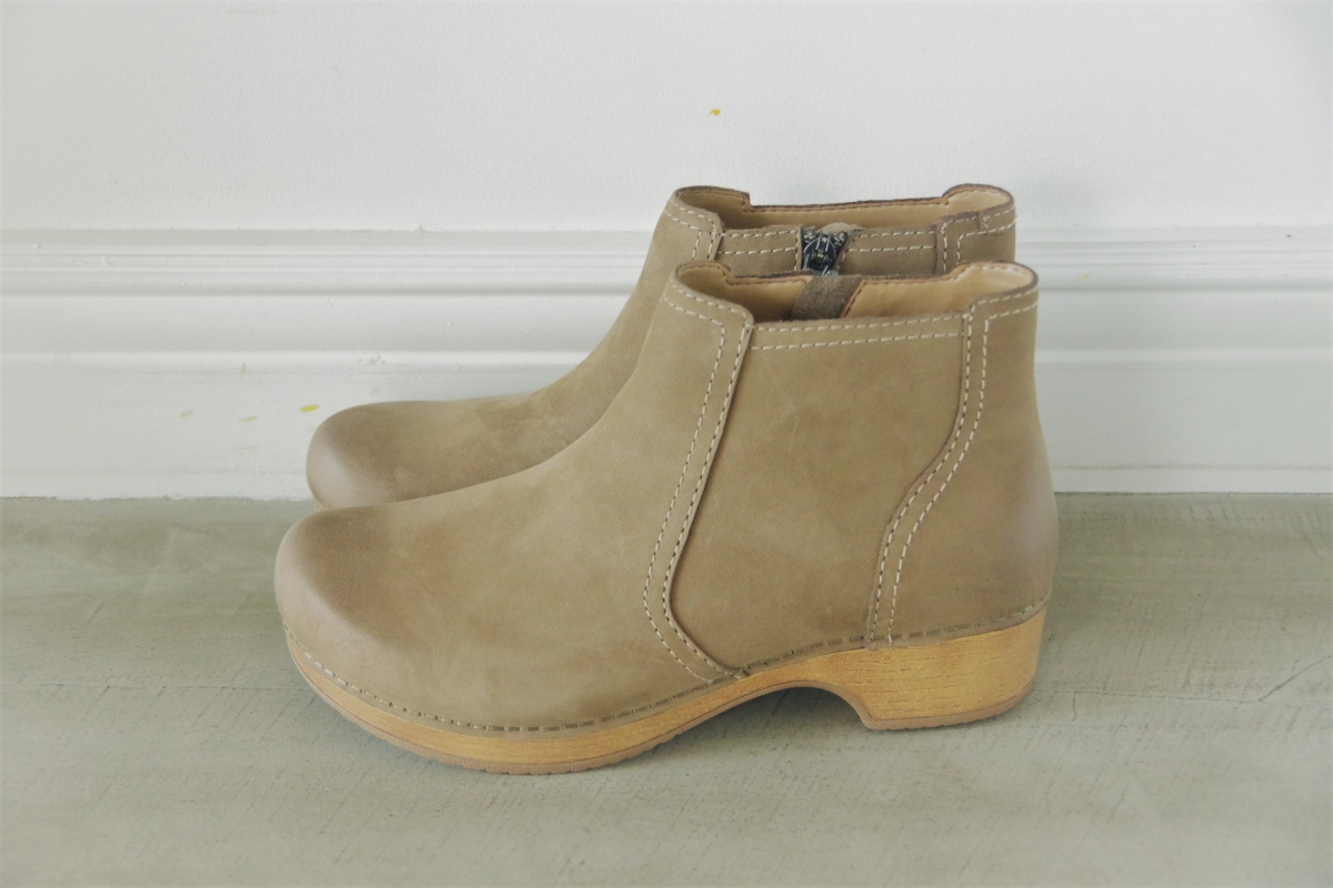 Barbara Taupe Burnished Nubuck 28