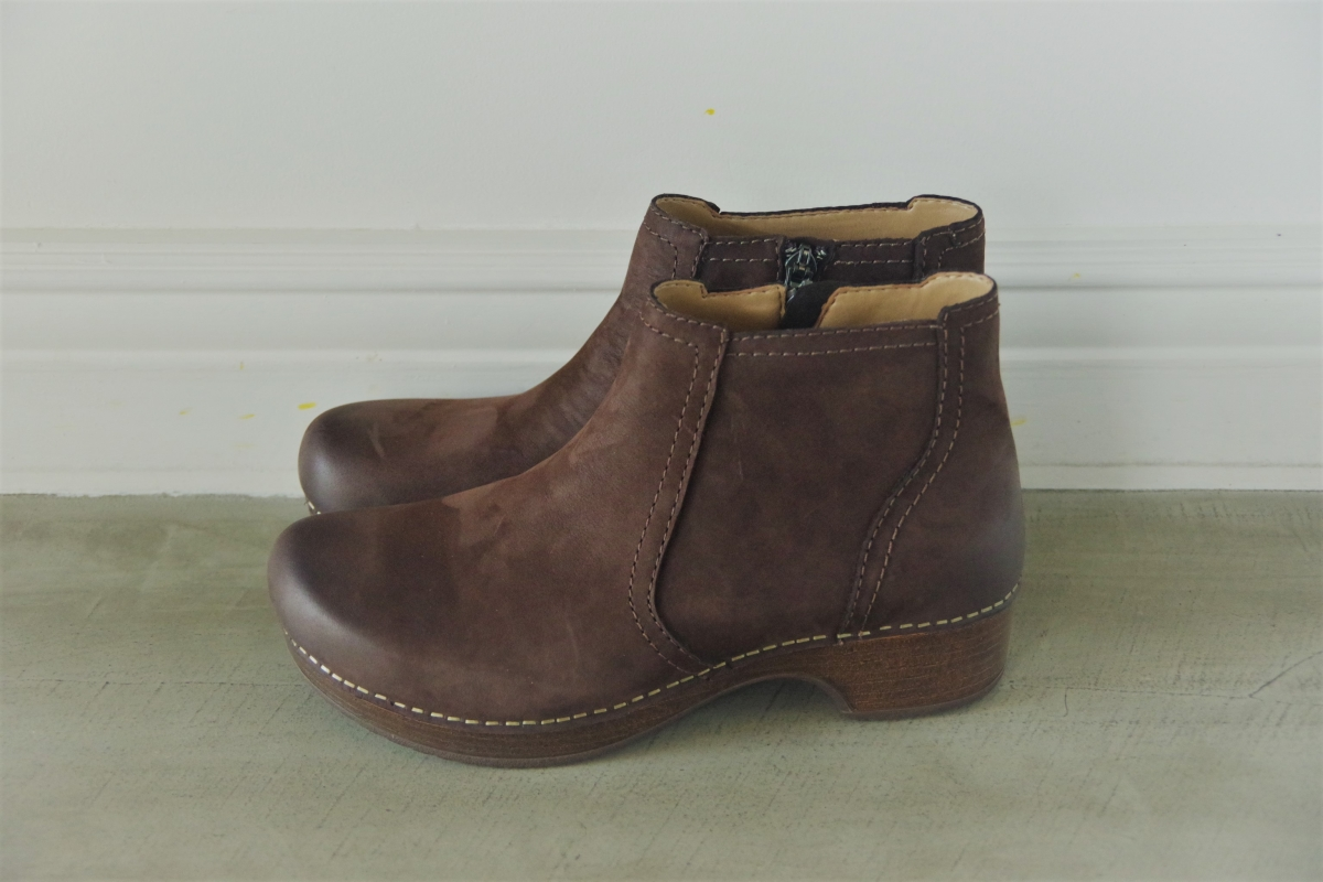 Barbara Chocolate Burnish Nubuck 28