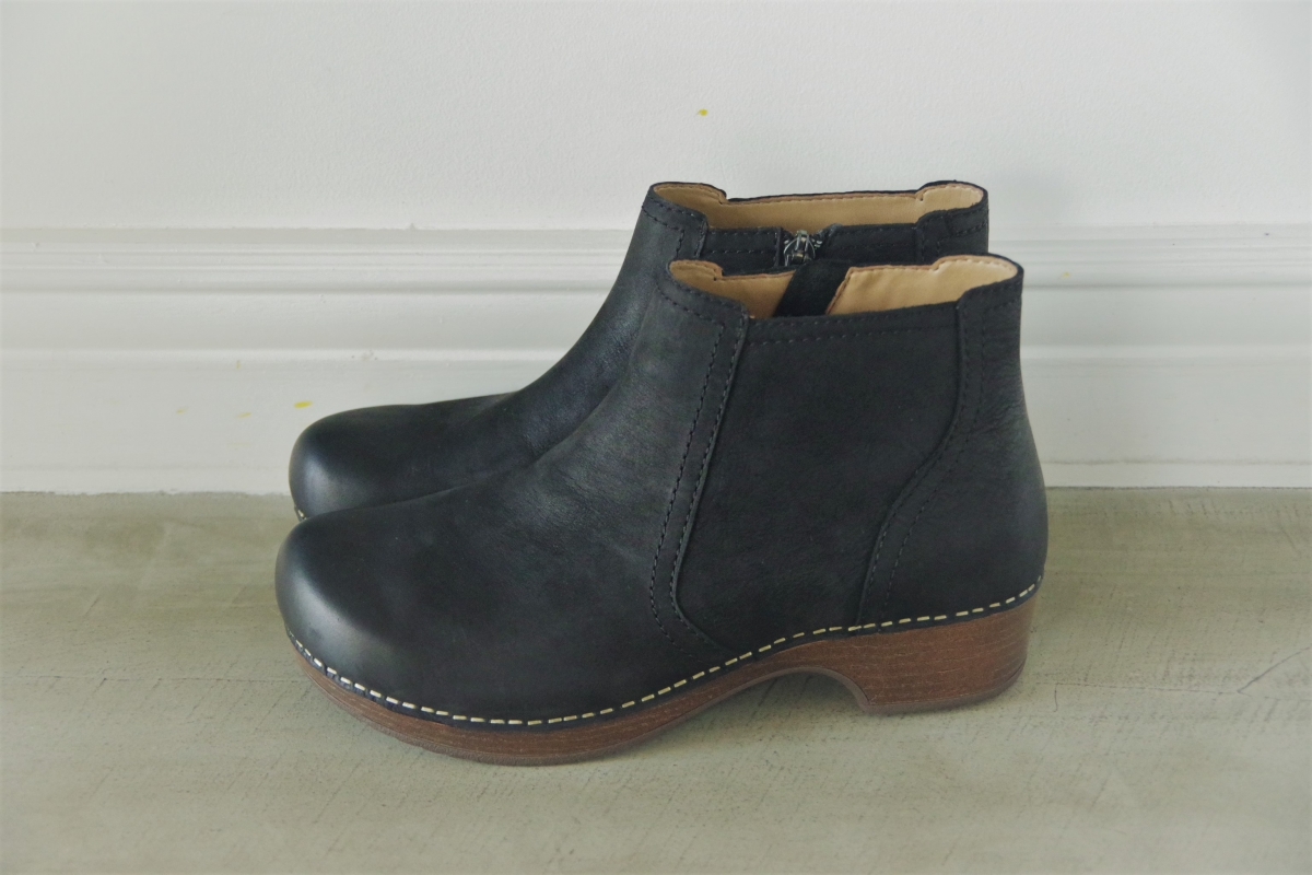 Barbara Black Burnished Nubuck 28