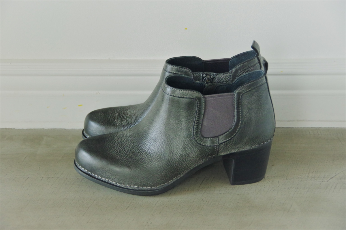 Harlene Charcoal Distressed 28