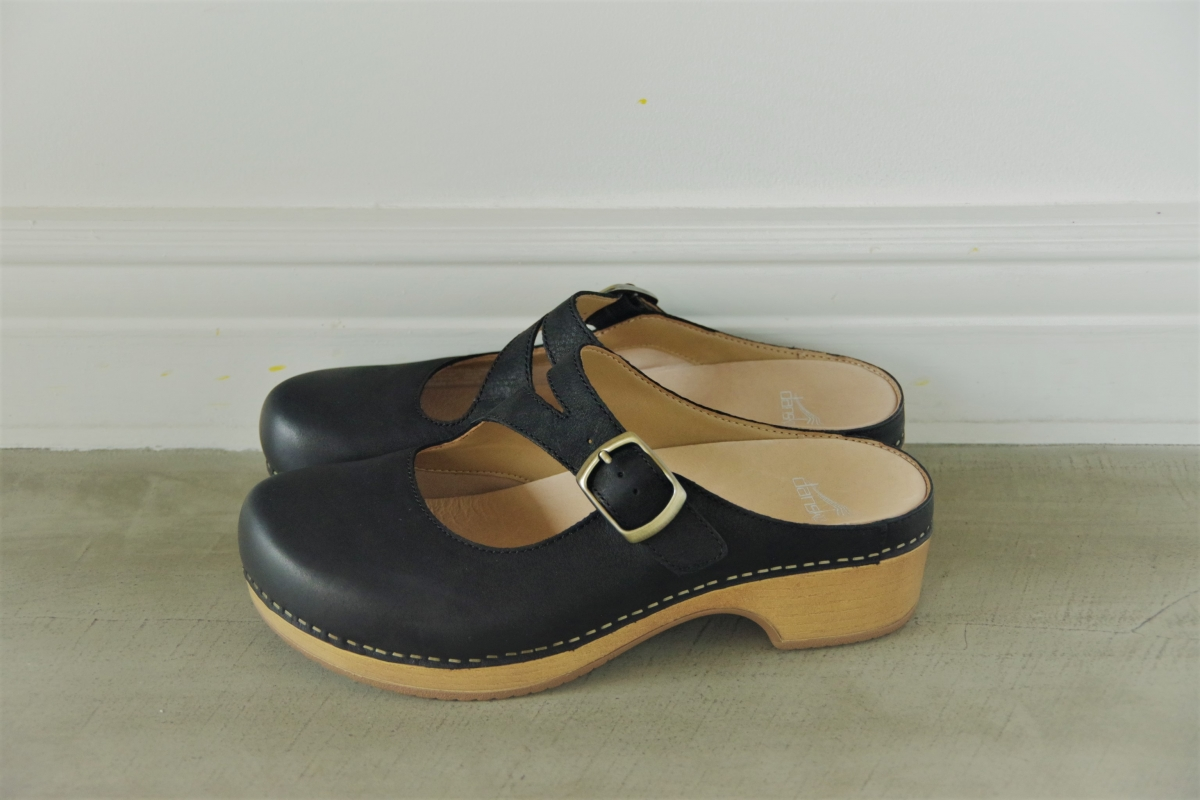 Britney Black Burnished Nubuck 24