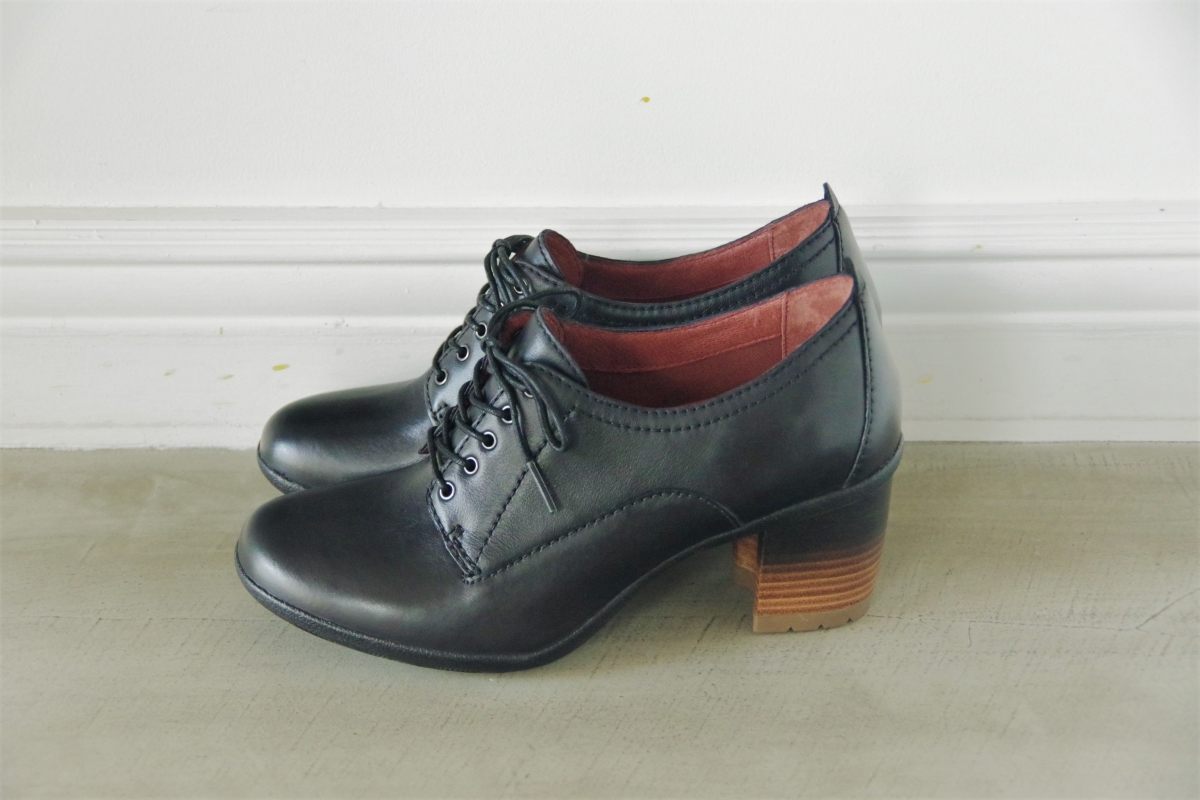 Pennie Black Waterproof Burnished 27