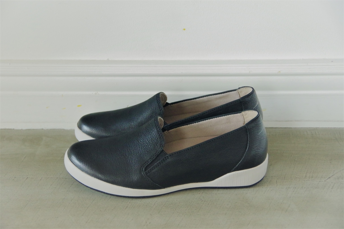 Odina Black Textured Nubuck 24