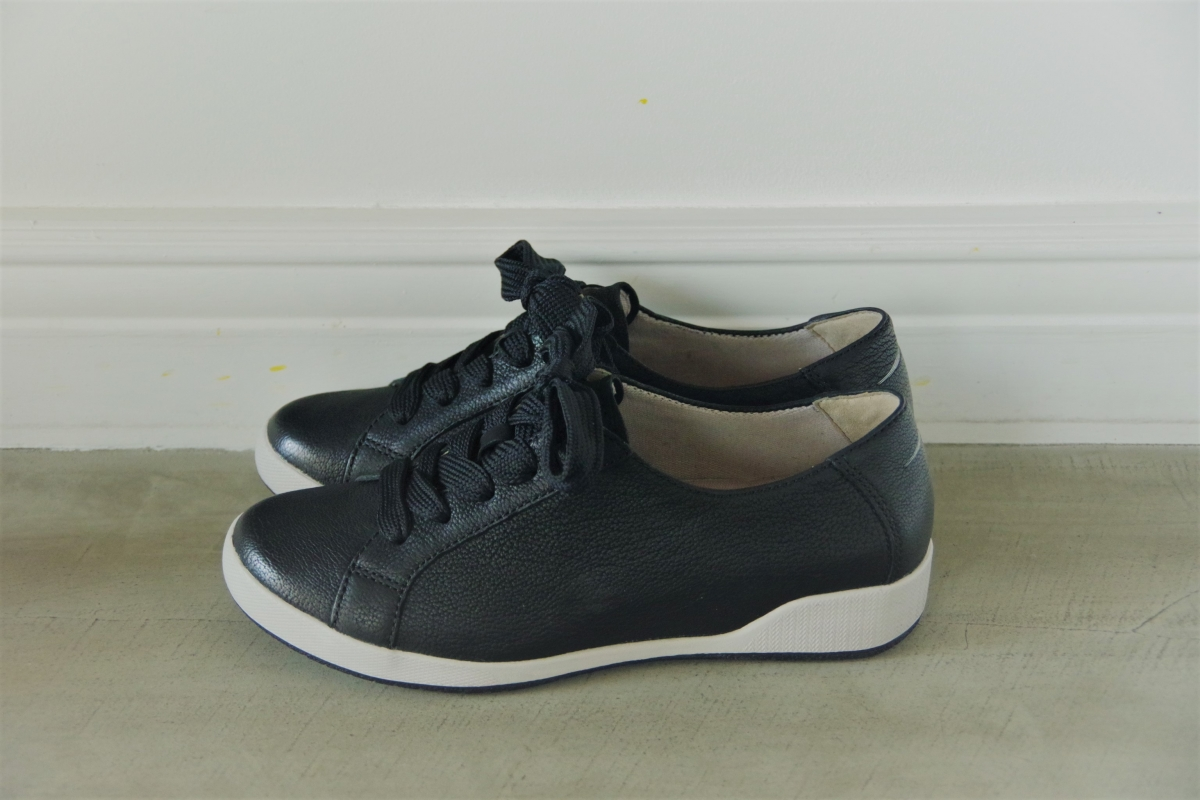 Orli Black Textured Nubuck 24