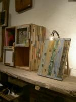 CDラックと瀬戸内工芸の置き時計