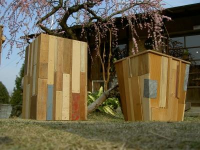 木のゴミ箱