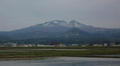 5月の八甲田山