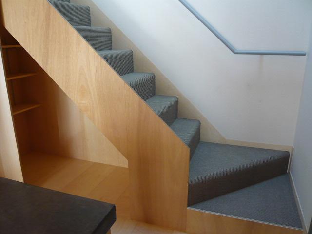 代沢の家 階段