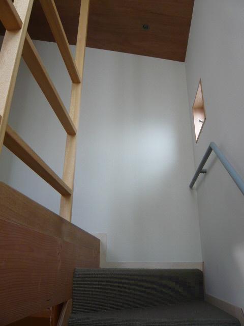 代沢の家 階段2