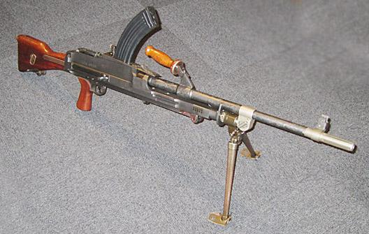 ブレン軽機関銃 - Bren light machine gun