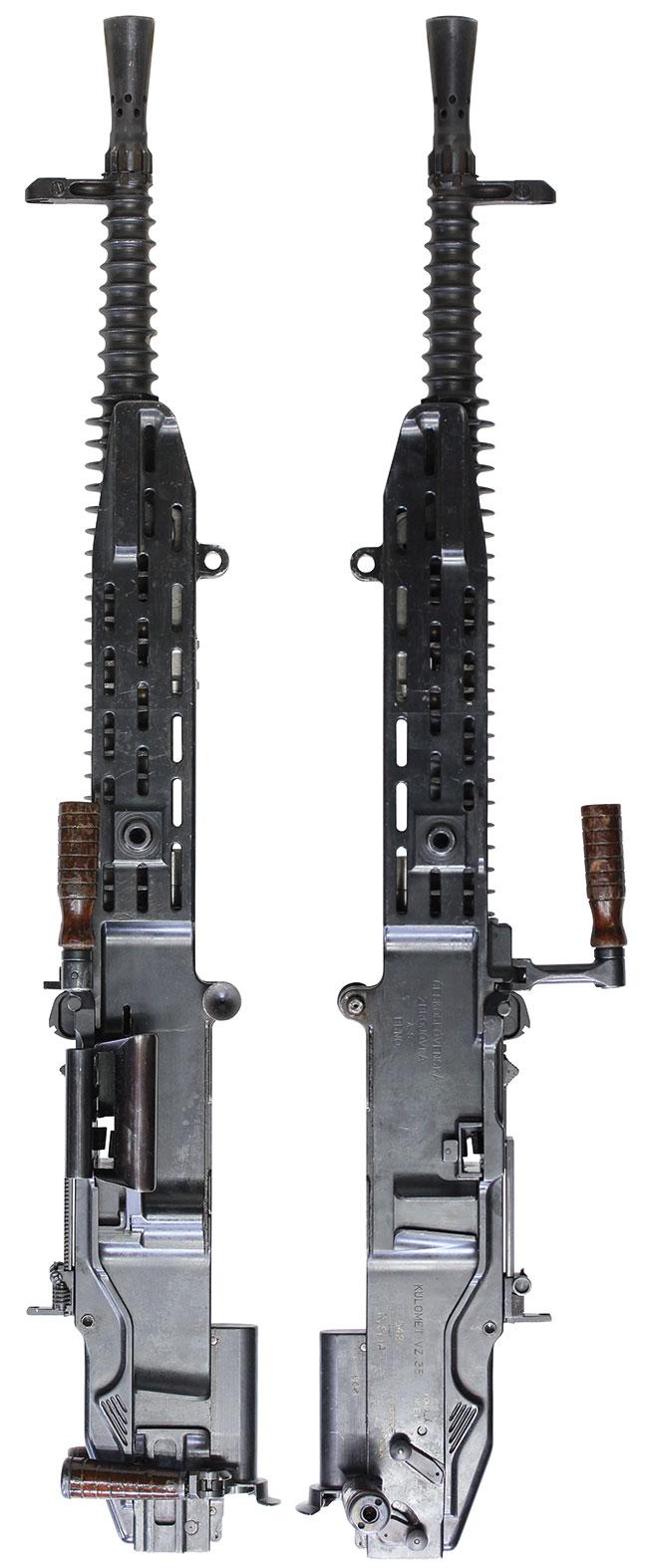 【3056】Vz.35-重機関銃-(#542)右.jpg
